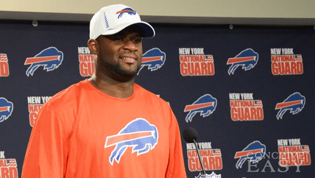 Vince Young Throws Himself a Birthday Party with 300k Loan