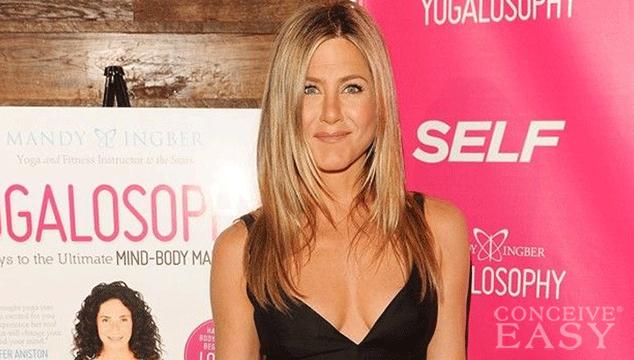 Jennifer Aniston Postpones Wedding to Undergo Fertility Treatments