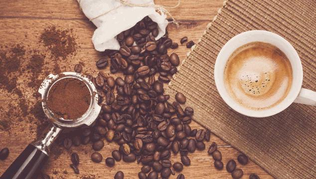 does caffeine hinder fertility?
