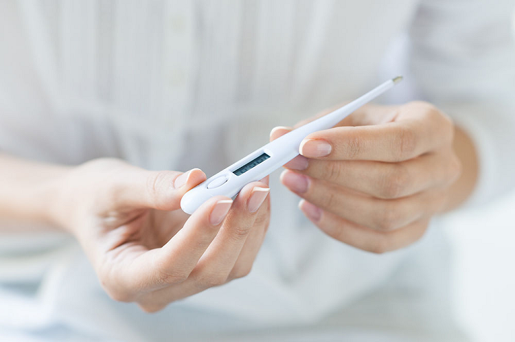 BBT thermometer to track ovulation
