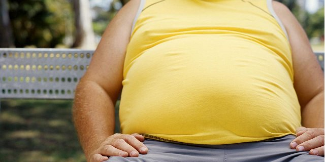 being overweight can cause infertility in men
