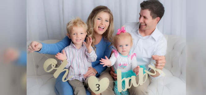 Erin and Chad Paine expecting