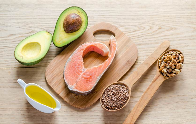avocados, nuts and fish help boost fertility