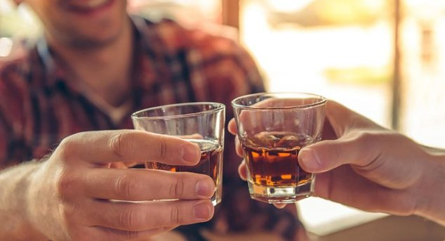 Drinking alcohol can affect male fertility